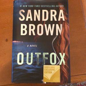 Sandra Brown 2019 novel outfox
